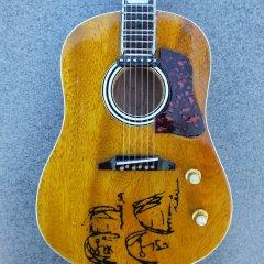 RGM95 John Lennon Peace Acoustic