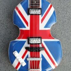 RGM636 Paul McCartney Union Jack Bass