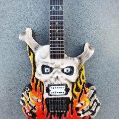 RGM94-George-Lynch-Flaming-Skulls