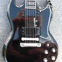RGM70-Black-Sabbath-Toni-Iommi-