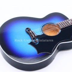 rgm229-elvis-presley-blue-gibson-2