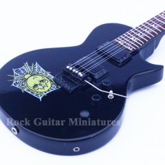RGM14 Kirk Hammett Metallica Spider and Skull (2)