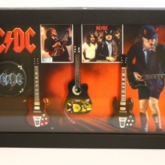 RGM801 Angus Young ACDC (1)